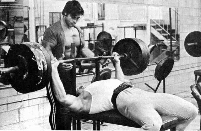 como era um treino de fisiculturismo old school