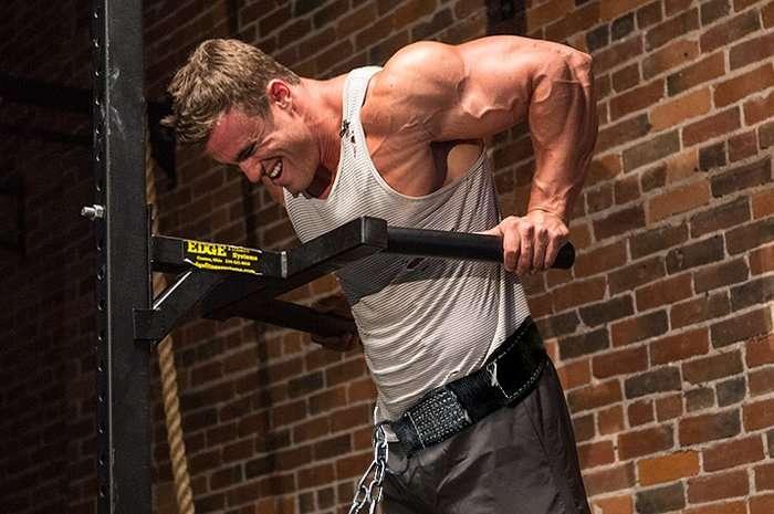 Los 5 mejores ejercicios multiarticulares para incluir en el entrenamiento 3