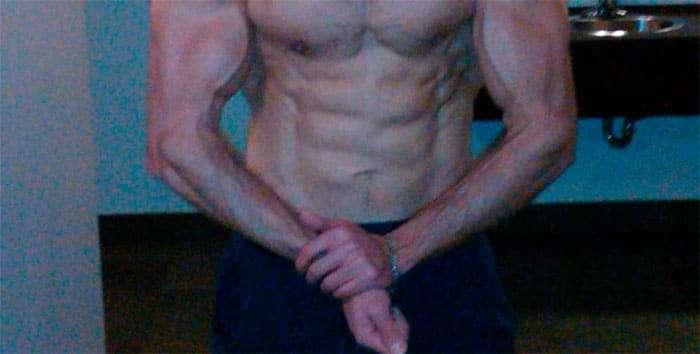 Exemplo de bíceps com desenvolvimento desproporcional ao antebraço