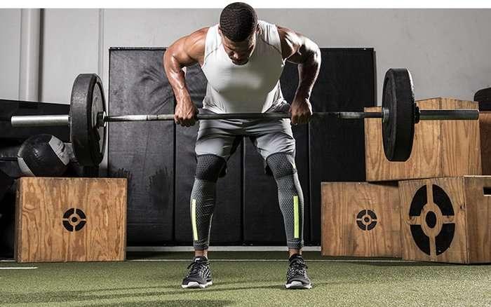 importância dos exercícios compostos com pesos livres na definição muscular