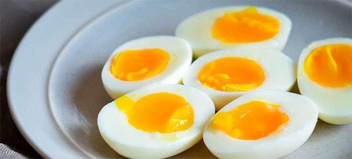 quantos ovos cozidos por dia
